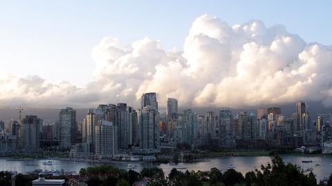 Vancouver Clouds, WQHD (2560x1440)