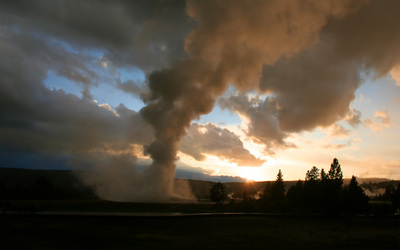 Yellowstone_sunset.jpg