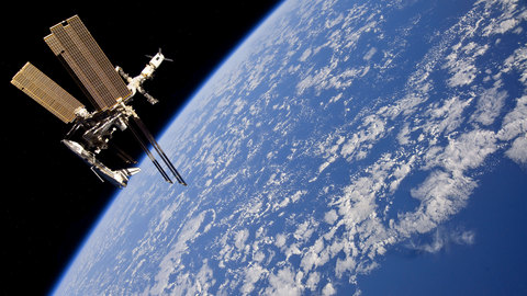 ISS_and_Endeavour2.jpg