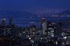 大阪市内の夜景と明石海峡大橋
